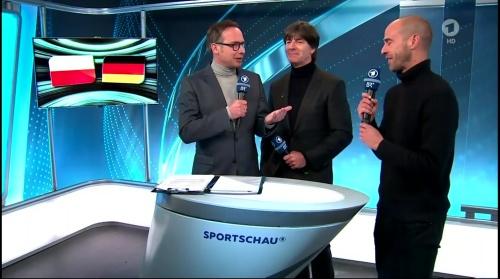 joachim-low-italien-v-deutschland-post-match-show2016-1