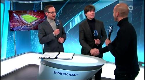 joachim-low-italien-v-deutschland-post-match-show2016-11