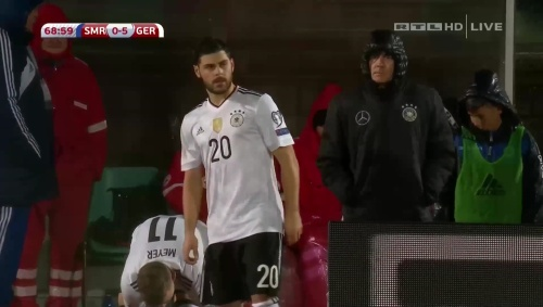 joachim-low-san-marino-v-deutschland-2016-second-half-3