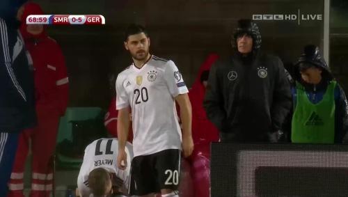 joachim-low-san-marino-v-deutschland-2016-second-half-3