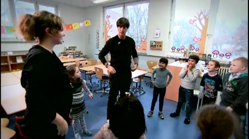 joachim-low-wir-helfen-kinder-rtl-video-24-11-16-3