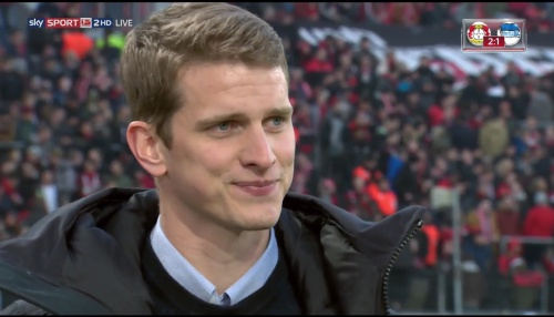 lars-bender-hz-interview-leverkusen-v-hertha-2016-17-5