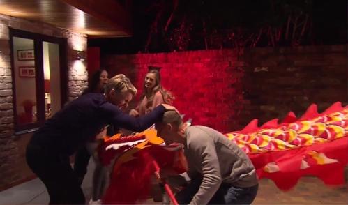 lukas-podolski-bastian-schweinsteiger-sky-sports-news-17-01-17-4
